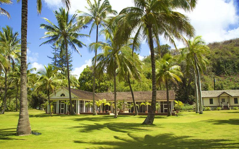 Tours National Tropical Botanical Garden